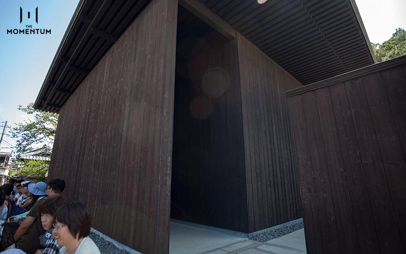 มินามิเดเระ หนึ่งในบ้านศิลปะที่ออกแบบโดยทาดาโอะ อันโดะ