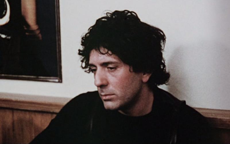 พอล จิโอวานนี ร่วมแสดงในภาพยนตร์เป็นนักร้องในผับ