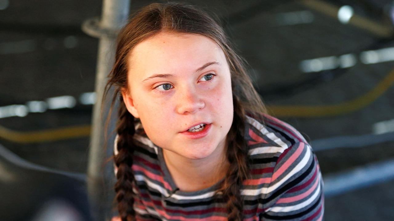 เกรตา ธันเบิร์ก เด็กสาววัย 16 ปี ผู้โดดเรียนนั่งประท้วงเรื่องโลกร้อน ได้รับการเสนอชื่อชิงรางวัลโนเบลสันติภาพ