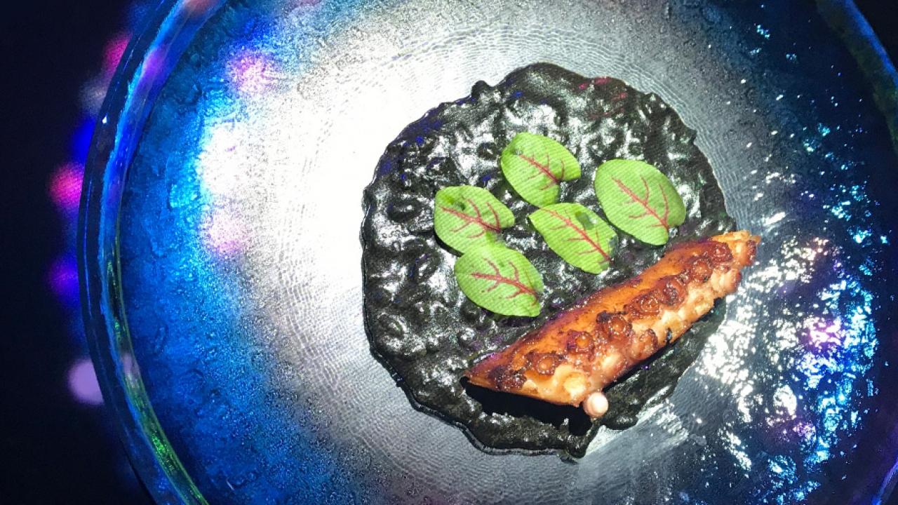 Digital Delicious มื้อพิเศษที่นำดิจิทัลอาร์ตมาเจอกับอาหารไฟน์ไดนิ่ง
